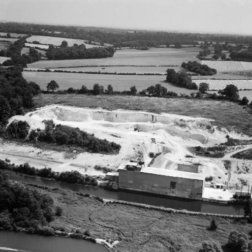 springwell lock quarry 1949.jpg